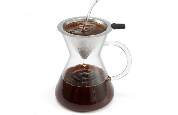 Кофе натуральный, заваренный в специальной кофеварке