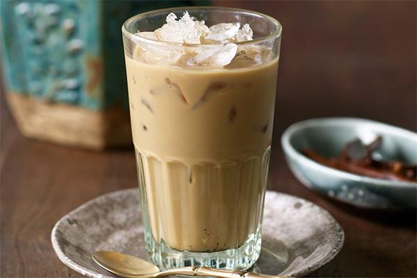 Айс-кофе с ликером